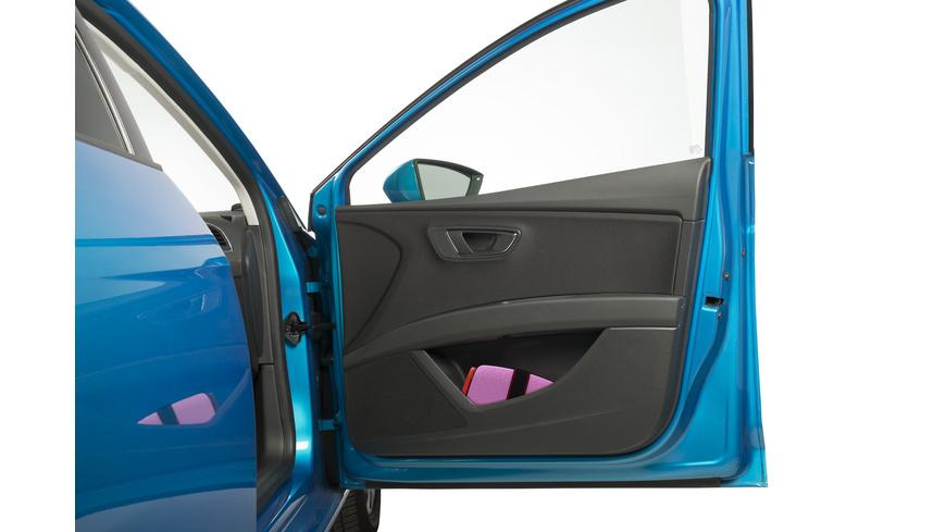 Mifold - GrabnGo Car Booster Seat - Veloanhaenger